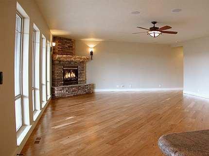 Угловые камины – оптимальный вариант для маленьких комнат