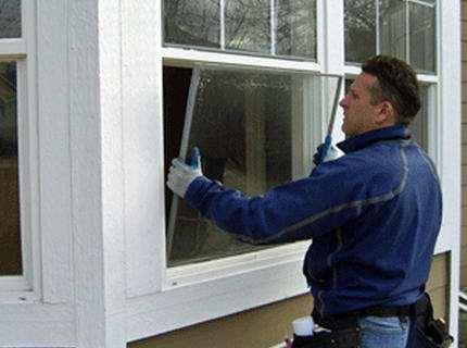 Как вставить стекло в окно – выполняем кропотливые операции