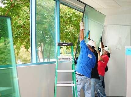Замена стекла в стеклопакете – важные аспекты процесса