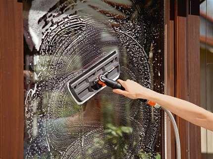 Средство для мытья стекол: всё, что надо знать о качественной чистке