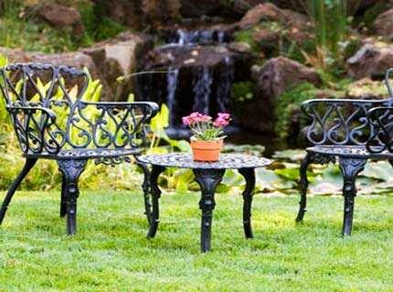 Садовая мебель из металла – благородство в каждой линии
