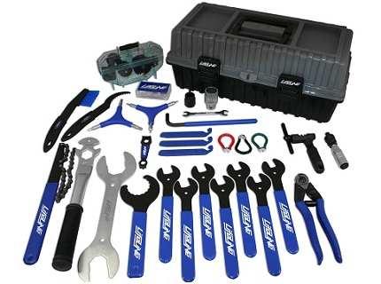 Набор слесарного инструмента, что так необходим домашнему мастеру