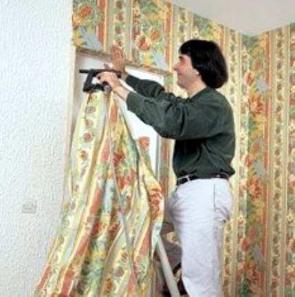 Отделка стен тканью
