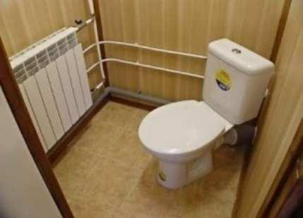 Как обшить туалет пластиком?