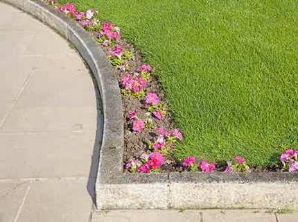 Садовый бордюр – ландшафтный дизайн в действии